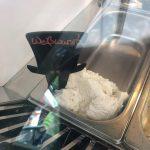 ミュンヘンならではでおすすめ!白ソーセージ味のアイスクリーム!!